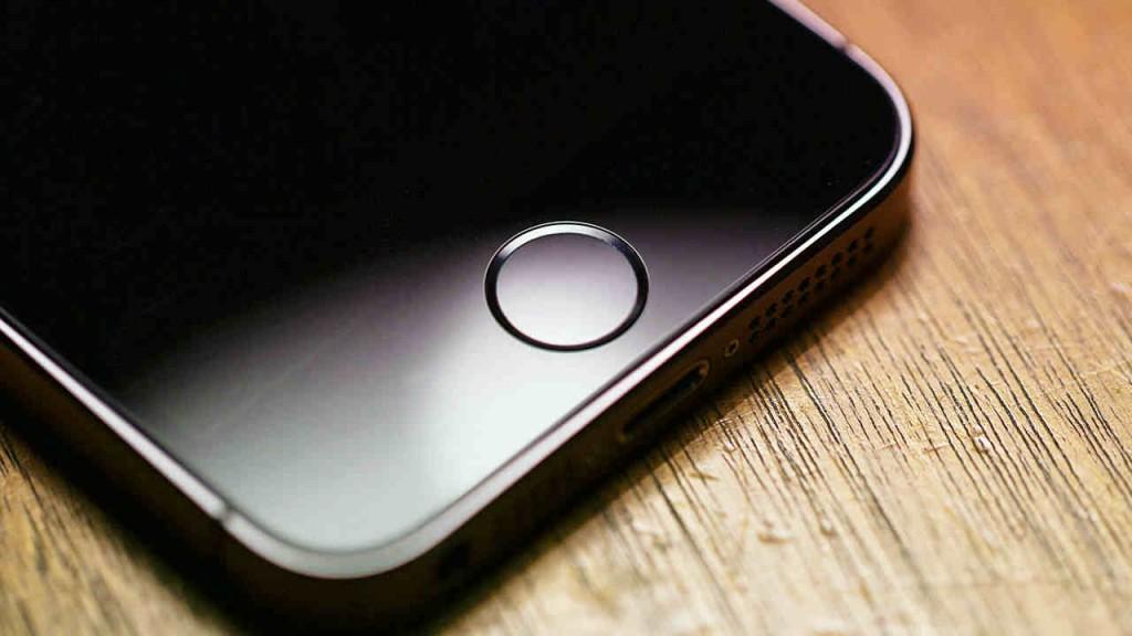 Стоит ли покупать iPhone SE?